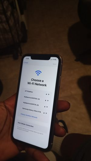 IPHONE 11 128GB OPEN CARRIER for Sale in Los Angeles, CA