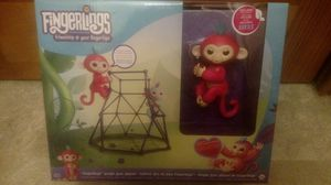 Fingerling jungle gym set with included pink FingerLing Brand new for Sale in Queens, NY