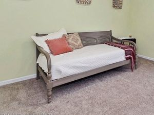 Twin Daybed Frame for Sale in O'Fallon, MO