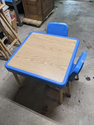 Fisher Price kids table and chairs for Sale in Pittsburgh, PA