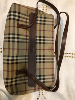 Authentic Burberry bag - Pre owned for Sale in North Miami, FL