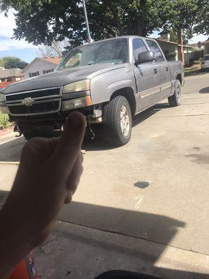 05 chevy silverado for Sale in Sacramento, CA