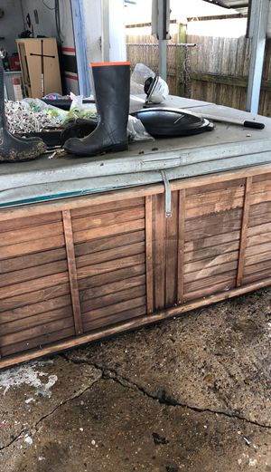 Hot Tub for sale $500 you will need help to load it. Everything works just need the right breakers for it. We have moved it a lot but just need the m for Sale in League City, TX