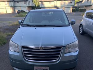 2008 Crystler Town and Country for Sale in Shoreline, WA