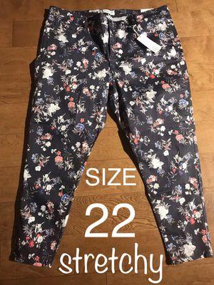 Size 22 - Super Stretch floral skinny denim pants for Sale in Los Angeles, CA