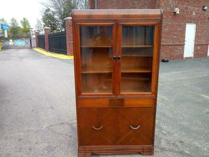 """Vintage 1930's Art Deco """"Waterfall"""" China Hutch for Sale in Raleigh, NC"""
