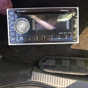 Head Unit for Sale in Rosedale, MD