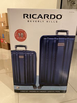 Ricardo 2 Piece bagages for Sale in Land O Lakes, FL