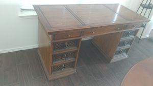 Office desk for Sale in Grand Prairie, TX
