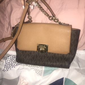 Michael Kors Purse for Sale in West Chicago, IL