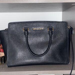 Michael kors Bag for Sale in Miami, FL