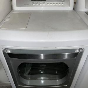 LG 7.3 Cubic Feet Steam Dryer for Sale in Garden Grove, CA