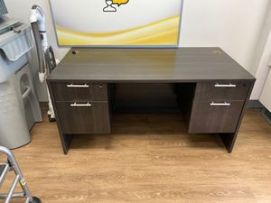 Office desk for Sale in Rialto, CA