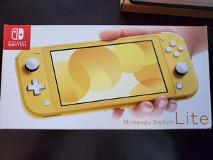 Like New Nintendo Switch Lite in box for Sale in Puyallup, WA