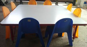 Table and chairs for Sale in Garland, TX