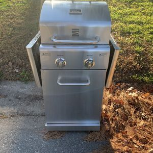 Free Scrap Metal Gas Grill for Sale in Virginia Beach, VA