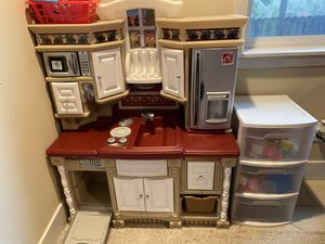 Kids play kitchen lots of food plates and cups for Sale in Sherwood, OR