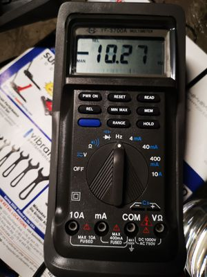 YF-3700A Auto Ranging Digital Multimeter with Hold & High speed bargraph for Sale in Fullerton, CA