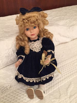 ANTIQUE MUSICAL DOLL for Sale in Canton, GA