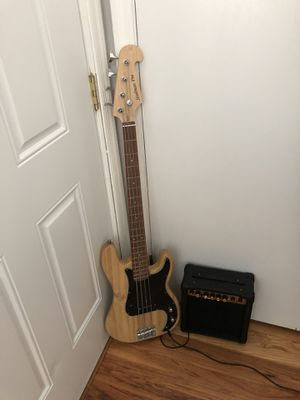 Bass guitar for Sale in East Granby, CT