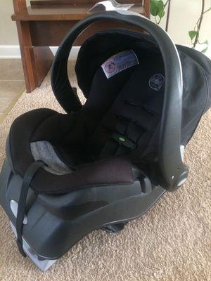 Evenflo embrace car seat/ sit-n-stand stroller for Sale in Nashville, NC