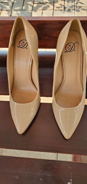 High heels for Sale in Bell Gardens, CA