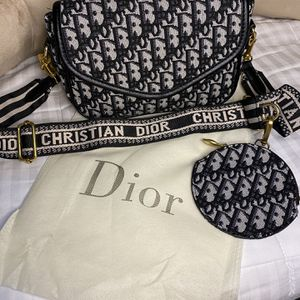 Small Sling Bag with Wallet for Sale in Los Angeles, CA