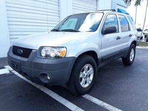 2006 ford escape for Sale in Miami, FL