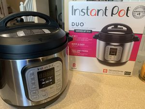 Instant Pot Duo 8qt Multi Cooker for Sale in Kissimmee, FL