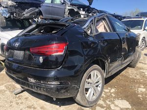 2017 Audi q3 for parts for Sale in Grand Prairie, TX