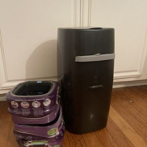 Litter Genie With 4 Refills for Sale in Long Beach, CA