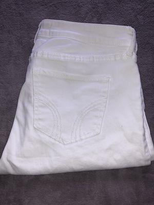 White Hollister jeans for Sale in Fresno, CA