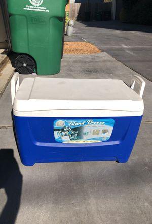 Igloo Island Breeze for Sale in Houston, TX