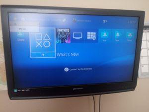 30 inch tv. LCD 60 obo/ no remote for Sale in Madera, CA