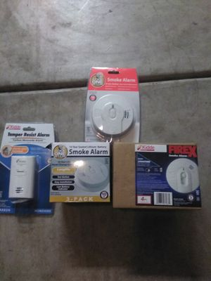 Smoke alarms and carbon monoxide detector for Sale in Bakersfield, CA