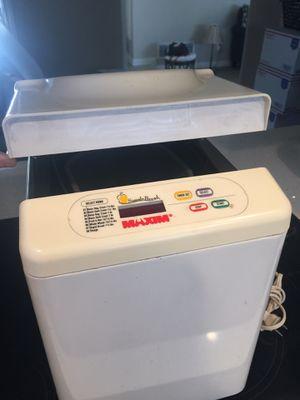 Bread maker machine $5.00 for Sale in Alta Loma, CA