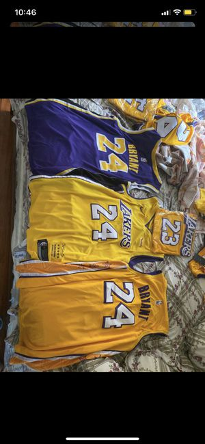 Lakers Kobe Bryant Jerseys Multiple Sizes for Sale in Anaheim, CA