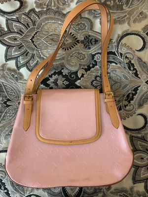 Louis Vuitton bag for Sale in Waterford Township, MI