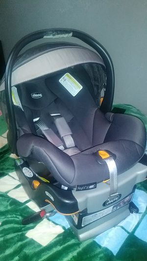 Infant car seat for Sale in Lynwood, CA