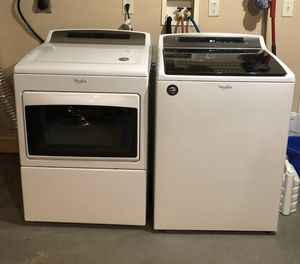 Whirlpool washer & dryer for Sale in Reynoldsburg, OH