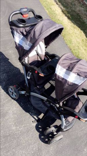 Baby Trend Sit n Stand Double Stroller Black & Grey for Sale in Euclid, OH