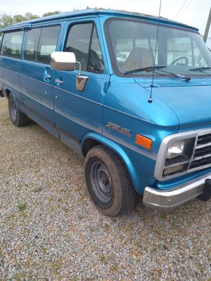 1994 Chevy Van G20 3qt ton for Sale in Zanesville, OH