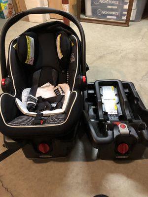 Graco car seat for Sale in Coshocton, OH