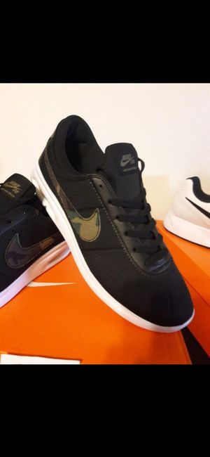NIKE SIZE 13 FOR MEN for Sale in Highland, CA