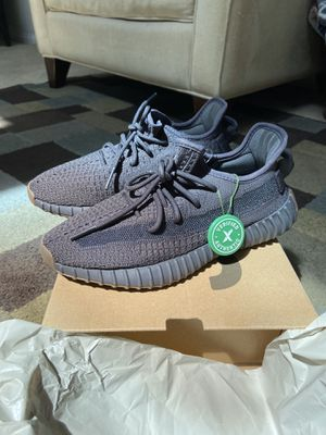 """SIZE 6 """"YEEZY BOOST CINDER"""" BRAND NEW !! $300.00 Will also DO SIZE SWAP FOR A SIZE 7 for Sale in Chula Vista, CA"""