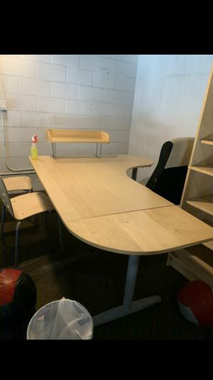 Used L-shape Desk for Sale in North Hollywood, CA