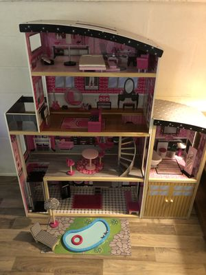 Doll house with accessories for Sale in Richmond, VA