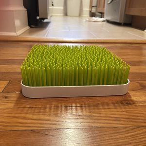 Boon Grass Countertop Baby Bottle Drying Rack for Sale in Washington, DC