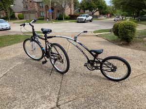Bicycle with kid child attachment for Sale in Arlington, TX