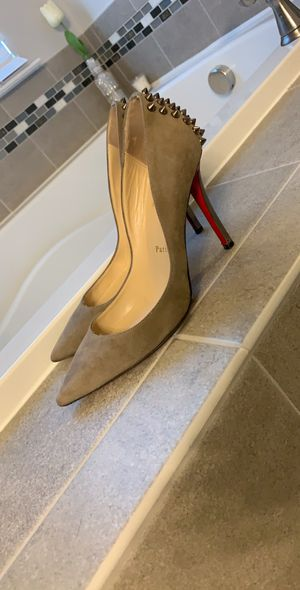 Christian Louboutin 36.5 but stretched to fit 7-7.5 for Sale in Chantilly, VA